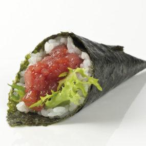 80 Temaki spicy tuna temaki